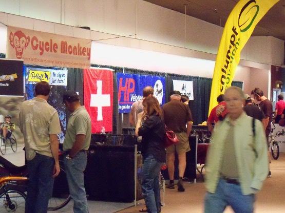 Public inspecting exhibitor booths