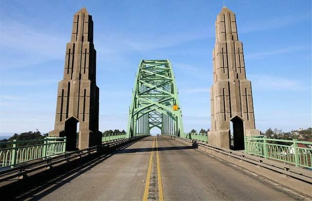 Yaquina Bay Bridge Newport Oregon 3