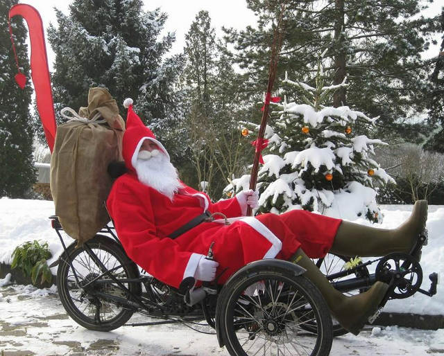 Santa Clause delivers on trike